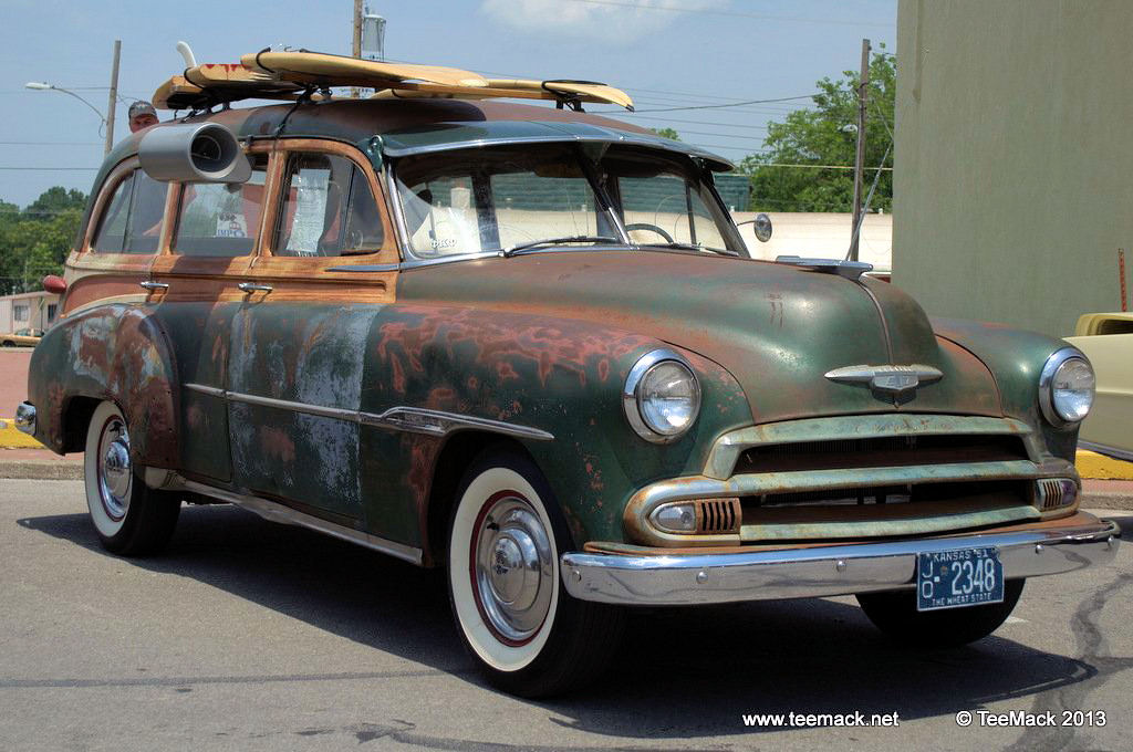 1951_Chevrolet_Station_Wagon-001