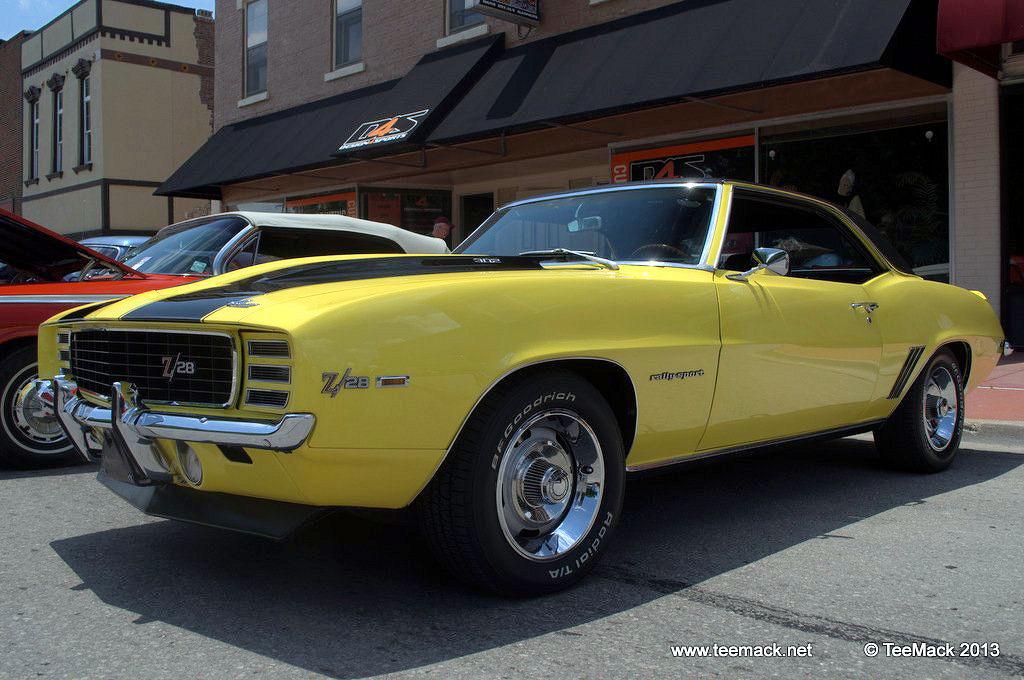 1969_Camaro_Z28_RS-001